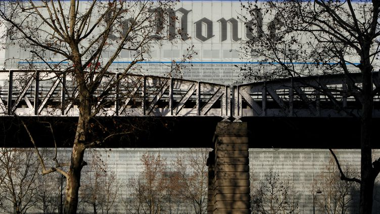 """Le siège du journal """"Le Monde"""", à Paris. (MANUEL COHEN / AFP)"""