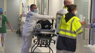 Covid-19 : selon une étude, 85% des hospitalisés ne sont pas vaccinés (France 2)