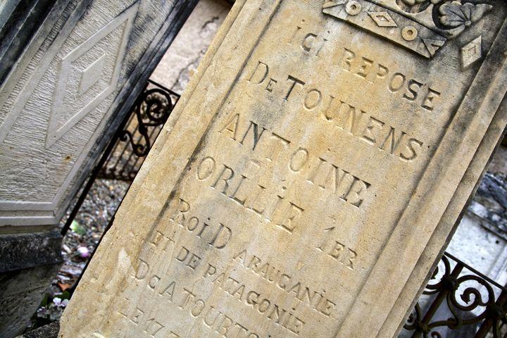 Orélie-Antoine Ier est enterré à Tourtoirac (Dordogne). (PHILIPPE ROY / HEMIS.FR / AFP)