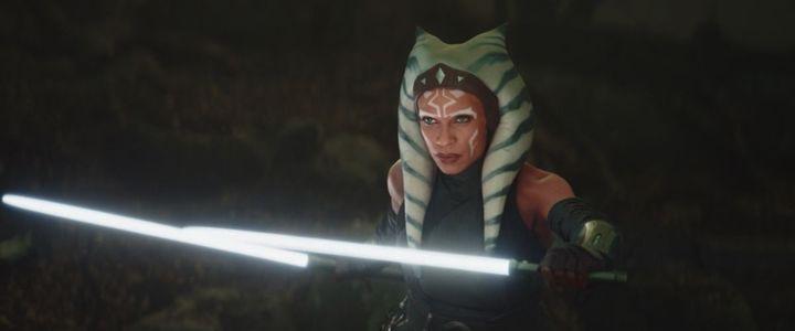 """Rosario Dawson, le nouveau visage live action d'Ahsoka Tano, aura droit à sa propre série après une première apparition dans le chapitre 13 de """"The Mandalorian"""". (LUCASFILM)"""