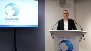 Le PDG de Danone, Emmanuel Faber, présenteles résultats annuels du groupe, le 19 février 2019 à Paris. (JACQUES DEMARTHON / AFP)