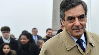 Le candidat des Républicains à la présidentielle, François Fillon, à Sablé-sur-Sarthe, le 11 décembre 2016. (JEAN-FRANCOIS MONIER / AFP)