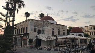 Un tremblement de terre a frappé l'île de Kos, le 21 juillet 2017, endommageant de nombreux bâtiments. (OSMAN TURANLI / SOCIAL MEDIA / REUTERS)