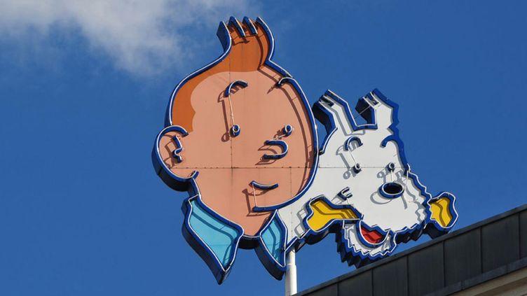 Tintin et Milou dans le ciel de Bruxelles  (Antoine Lorgnier /AFP)