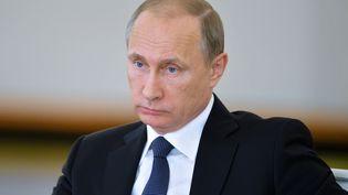 Vladimir Poutine, le 19 mai 2015, au Kremlin;à Moscou(Russie). (ALEXEI DRUZHININ / RIA NOVOSTI / AFP)