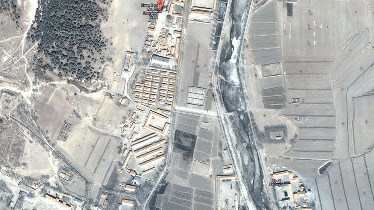 Capture d'écran d'un camp présenté par Google Maps comme un goulag en Corée du Nord. (GOOGLE / FRANCETV INFO)