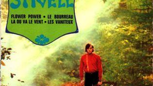 A côté de son exploration du patrimoine traditionnel breton, Alan Stivell s'essaye aux couleurs musicales de l'année 1968... (DR)