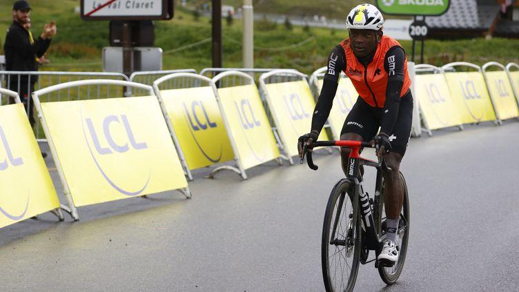 Nicholas Dlamini (Qhubeka-Assos) à l'arrivée de la 9e étape du Tour de France 2021. (THOMAS SAMSON / AFP)