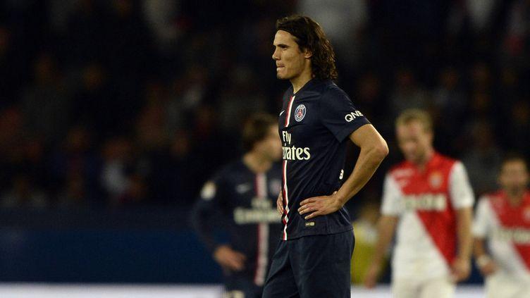 Cavani dans ses pensées (FRANCK FIFE / AFP)