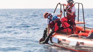 Une opération de sauvetage en Méditerranée en janvier 2018 (LAURIN SCHMID / SOS MEDITERRANEE)