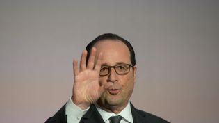 Déclarationde François Hollande, le 30 novembre. (MICHAL CIZEK / AFP)