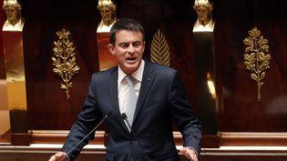 Manuel Valls à la tribune de l'Assemblée nationale, à Paris, le 19 juillet 2016. (FRANCOIS GUILLOT / AFP)