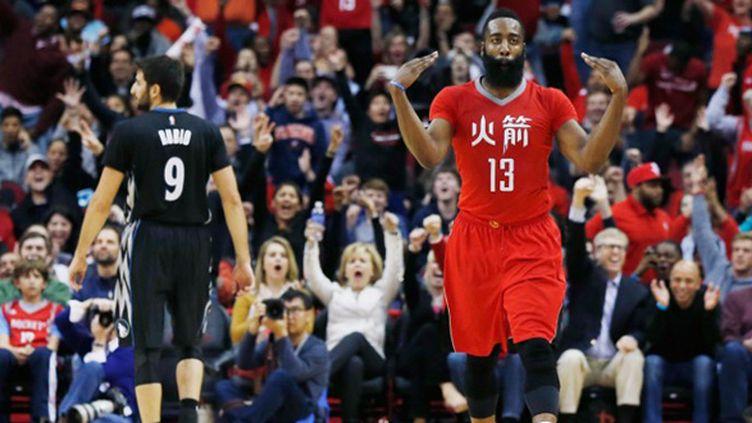 James Harden (Houston Rockets) est plus que jamais un candidat sérieux au titre de MVP (SCOTT HALLERAN / GETTY IMAGES NORTH AMERICA)