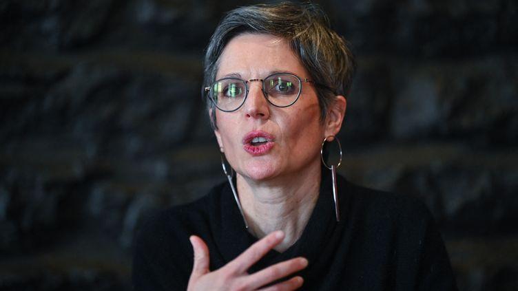 SandrineRousseau, candidate à la primaire écologiste pour la présidentielle de 2022. (PHILIPPE DESMAZES / AFP)