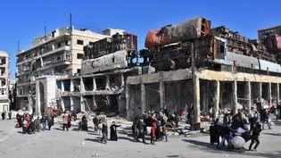 La ville d'Alep est bombardée depuis plusieurs semaines par l'aviation syrienne et russe. (GEORGE OURFALIAN / AFP)