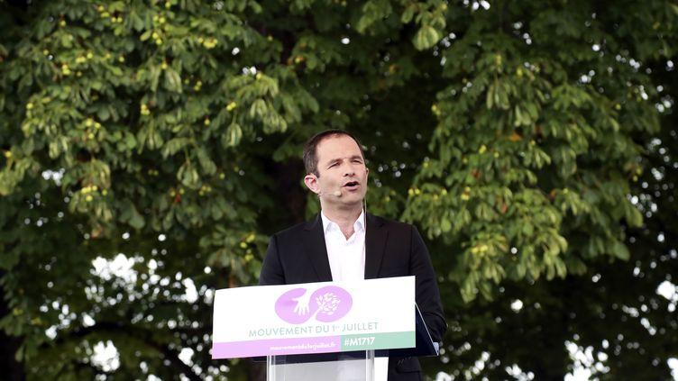Benoît Hamon lors du meeting de lancement de son nouveau mouvement politique, à Paris, le 1er juillet 2017. (JACQUES DEMARTHON / AFP)