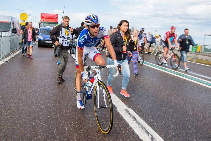 Thibaut Pinot après l'arrivée de la deuxième étape à Zélande (pays-Bas), le 5 juillet 2015. (MAXPPP)