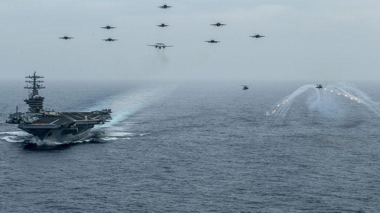 Le porte-avions américain USS Nimitz lors d'un exercice dans le Pacifique, le 2 juin 2020 (U.S. NAVY / MAXPPP)