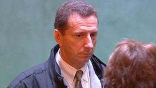 L'ancien homme d'affaires Pierre Bottonest à nouveau présentémercredi 26 février devant le tribunal, soupçonné d'avoir détourné l'argent de son association de lutte contre la récidive. (FRANCE 3)