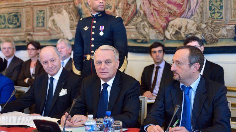 Le Premier ministre, Jean-Marc Ayrault, a présidé un séminaire gouvernemental sur la compétitivité, mardi 6 novembre à Matignon. (ERIC FEFERBERG / AFP)