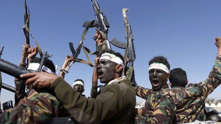 Combattants houthis à Sanaa au Yémen, en janvier 2017. (MOHAMMED HUWAIS / AFP)