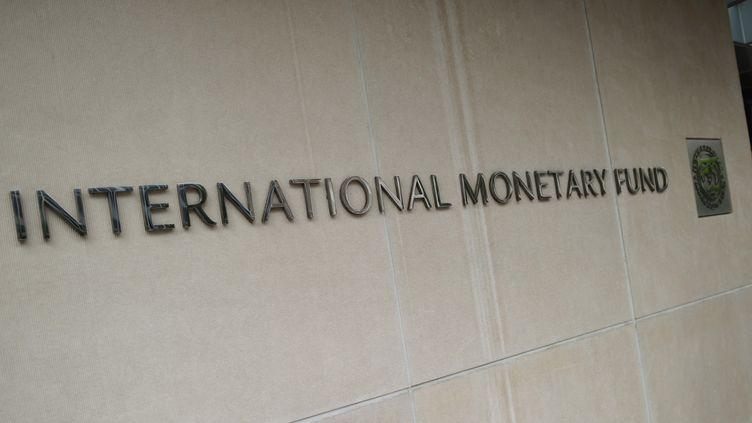 Le Fonds monétaire international a abaissé ses perspectives de croissance pour 2018 et 2019. (MANDEL NGAN / AFP)