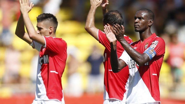 Les Monégasques ont l'occasion de prendre temporairement les rênes de la Ligue 1. (VALERY HACHE / AFP)