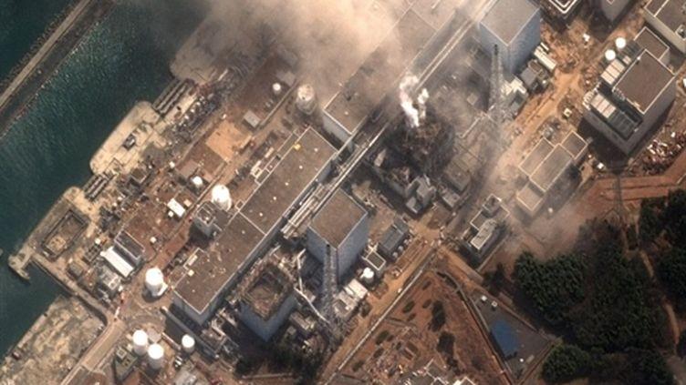 Vue aérienne de la centrale de Fukushima, le 14 mars 2011. (AFP PHOTO/HO/DigitalGlobe)