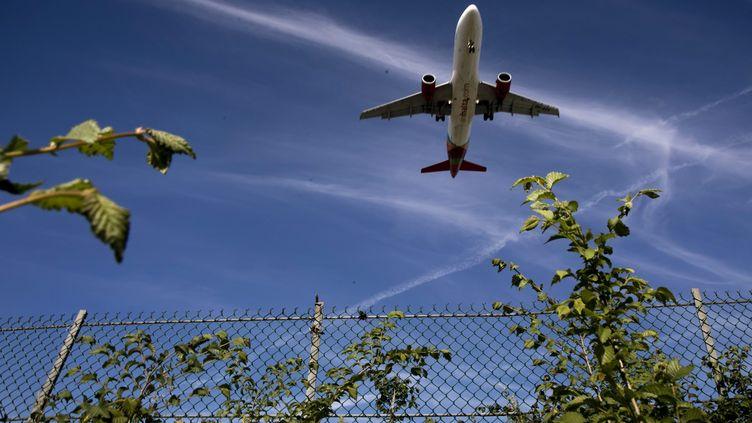 Avionen phase d'atterrissage à l'aéroport d'Orly. (illustration). (MAXPPP)