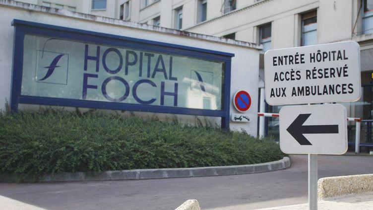 L'aide-soignant exercait à l'hôpital Foch de Suresnes (Hauts-de-Seine) au moment des faits, qui remontent en 2015. (MAXPPP)