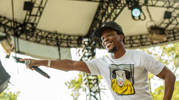 Le rappeur burkinabé Smarty (Louis Salif Kiekieta de son vrai nom), au festival new yorkais Central Park Summer Stage, le 28 juillet 2019. (JACK VARTOOGIAN / GETTY IMAGES / ARCHIVE PHOTOS)