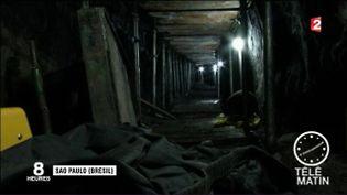 Le tunnel creusé au Brésil par des malfrats pour accéder à une banque (France 2)