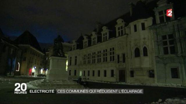 Electricité : plusieurs communes plongées dans le noir pour baisser leur consommation électrique