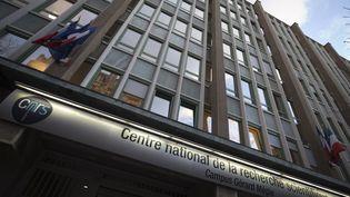 Le siège du Centre national de la recherche scientifique (CNRS) à Paris. (JOEL SAGET / AFP)