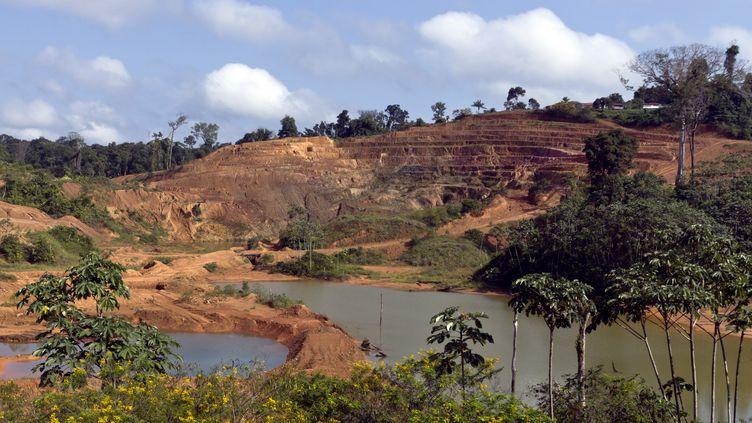 Un site minier aurifère en 2011 en Guyane (JODY AMIET / AFP)