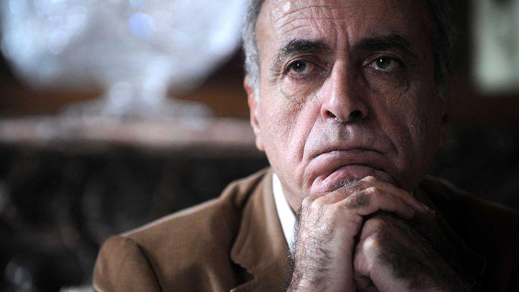 L'homme d'affaires franco-libanais Ziad Takieddine dans son appartement à Paris, en octobre 2012. (ANTONIOL ANTOINE / SIPA)