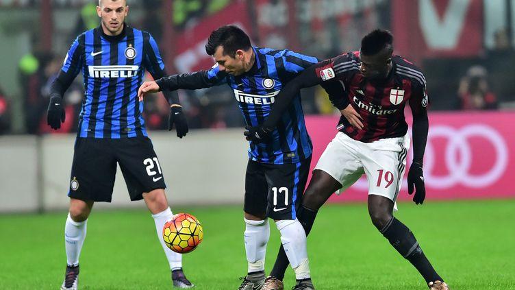Le Milan AC de Mbaye Niang s'était imposé 3-0 lors de la dernière confrontation entre les deux équipes en Serie A (GIUSEPPE CACACE / AFP)