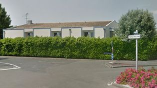 L'entrée du centre international de séjour de Fouras (Charente-Maritime), en juin 2013. (GOOGLE STREET VIEW / FRANCEINFO)