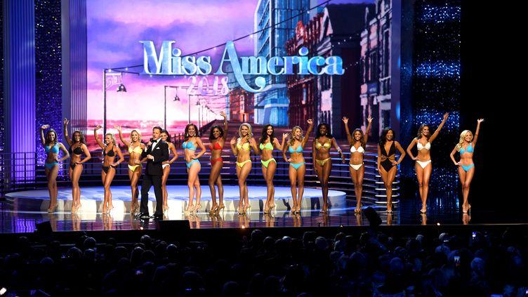 Les participantes du concours Miss Americalors de la 97e édition de la compétition, le 10 septembre 2017, à Atlantic City (New Jersey). (MARK MAKELA / REUTERS)