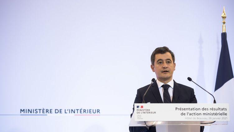 Le ministre de l'Intérieur, Gérald Darmanin, le 26 janvier 2021 à l'hôtel de Beauvau à Paris. (ARTHUR NICHOLAS ORCHARD / HANS LUCAS / AFP)