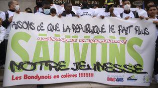 3 mars 2021. Marche blanche et manifestation hommage à Aymane, adolescent de 15 ans tué à à Bondy le 26 février 2021 en Seine-Saint-Denis. (JULIEN MATTIA / ANADOLU AGENCY)