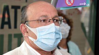 Le Professeur Christian Rabaud,infectiologue et président de la commission médicale d'établissements du CHRU de Nancy (5 mai2020). (CEDRIC JACQUOT / MAXPPP)