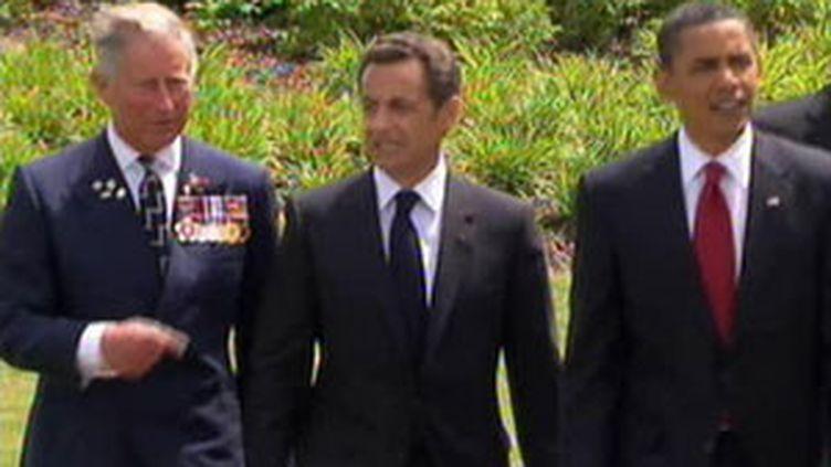 Le prince Charles, Nicolas Sarkozy et Barack Obama aux cérémonies du débarquement, 6 juin 2009 (© France 2)