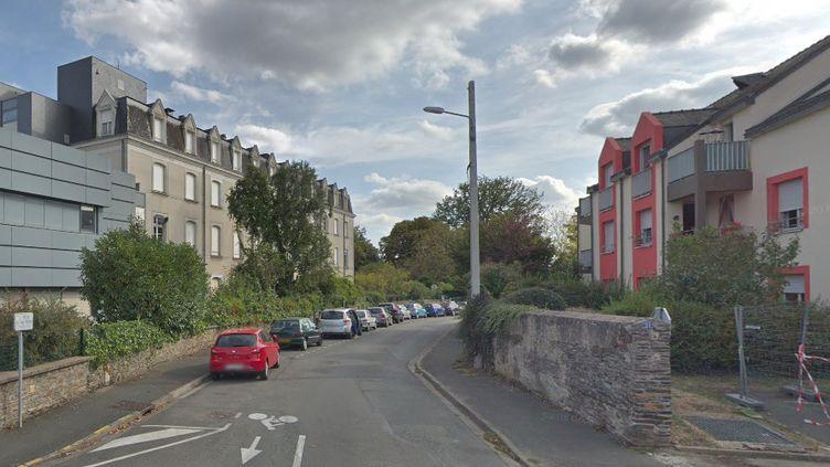 Le corps d'une femme a été retrouvé, en mars 2019, dans son domicile dans cette rue d'Angers. (GOOGLE STREET VIEW)