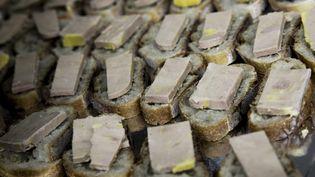 Des toasts de foie gras au marché de Rungis, le 7 décembre 2016 (VINCENT ISORE / MAXPPP)