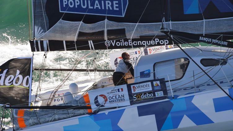 Armel Le Cléac'h mène toujours la flotte (DAMIEN MEYER / AFP)