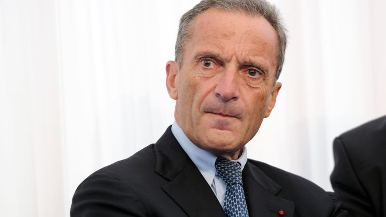 Le PDG d'EDF, Henri Proglio, à Dunkerque (Nord), le 5 octobre 2012. (DENIS CHARLET / AFP)