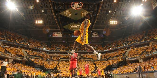 Lance Stephenson monte au dunk