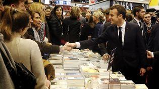 Le président Emmanuel Macron au Salon Livre Paris, le 15 mars 2018  (Etienne Lauren / Pool / EPA / Newscom / MaxPPP)