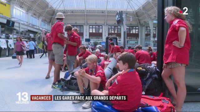 Vacances : week-end d'affluence à la gare de Lyon